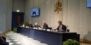 Apresentação do novo Diretório para a Catequese em Roma