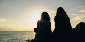 A oração nasce da convicção de que a vida é um mistério surpreendente