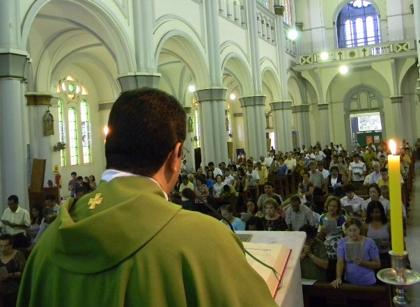 62_anos_catedral96.jpg