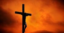 Deve falar-se da cruz às crianças?